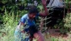 tamil woman beating her daughter
