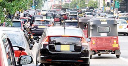 Air polution at Kandy - Better to wear polution masks